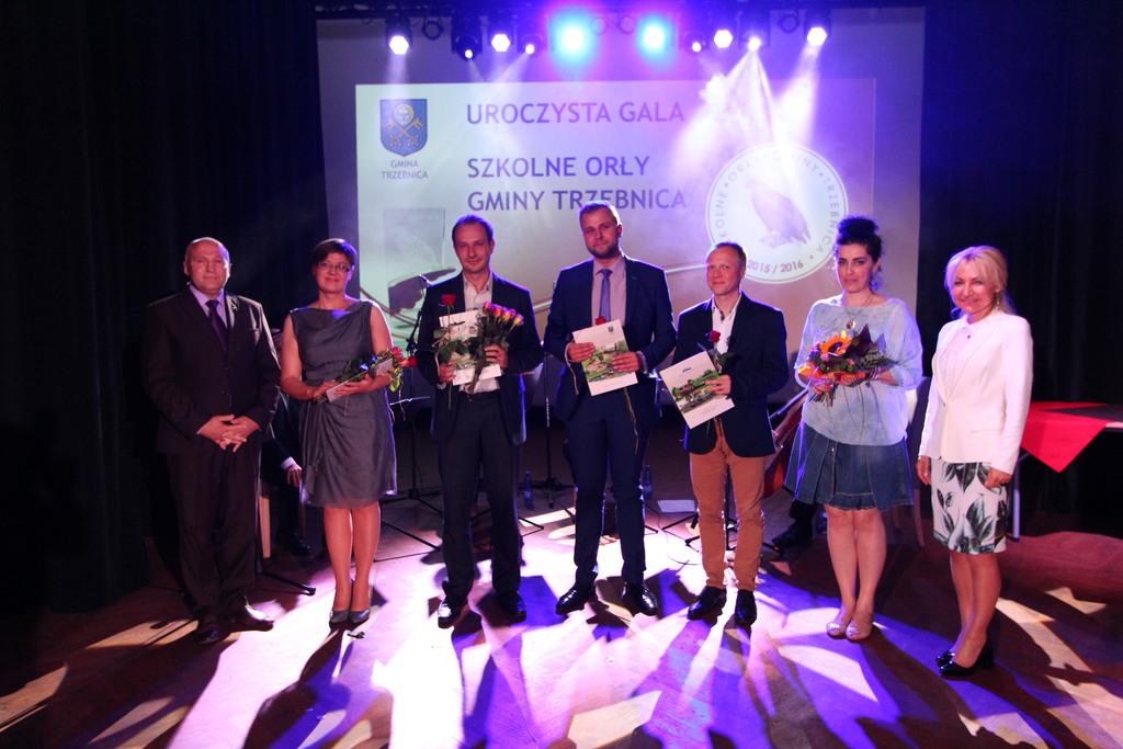 Po raz pierwszy nagrodzeni zostali nauczyciele z Gminnej Szkoły Muzycznej im. prof Edmunda Kajdasza w Trzebnicy, których uczniowie odnoszą liczne sukcesy biorąc udział w konkursach muzycznych.