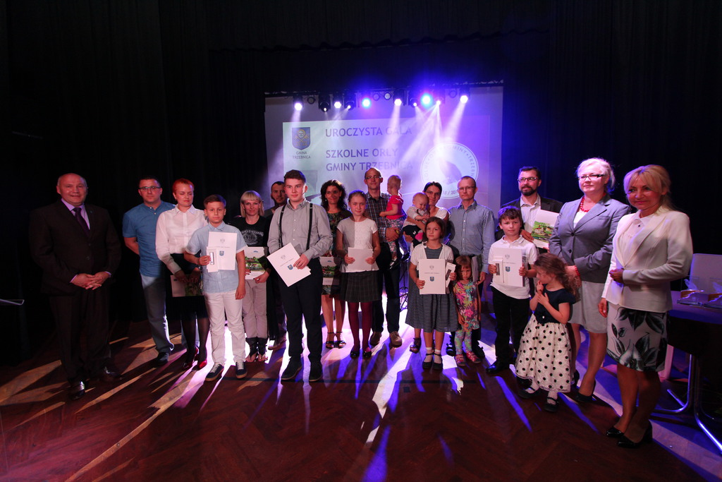 Decyzja burmistrza Marka Długozimy w Poczet Szkolnych Orłów Gminy Trzebnica po raz pierwszy wpisano uczniów z Gminnej Szkoły Muzycznej.