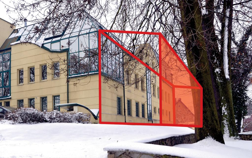 Sąd Rejonowy w Trzebnicy zostanie rozbudowany o widoczną na zdjęciu przestrzeń.