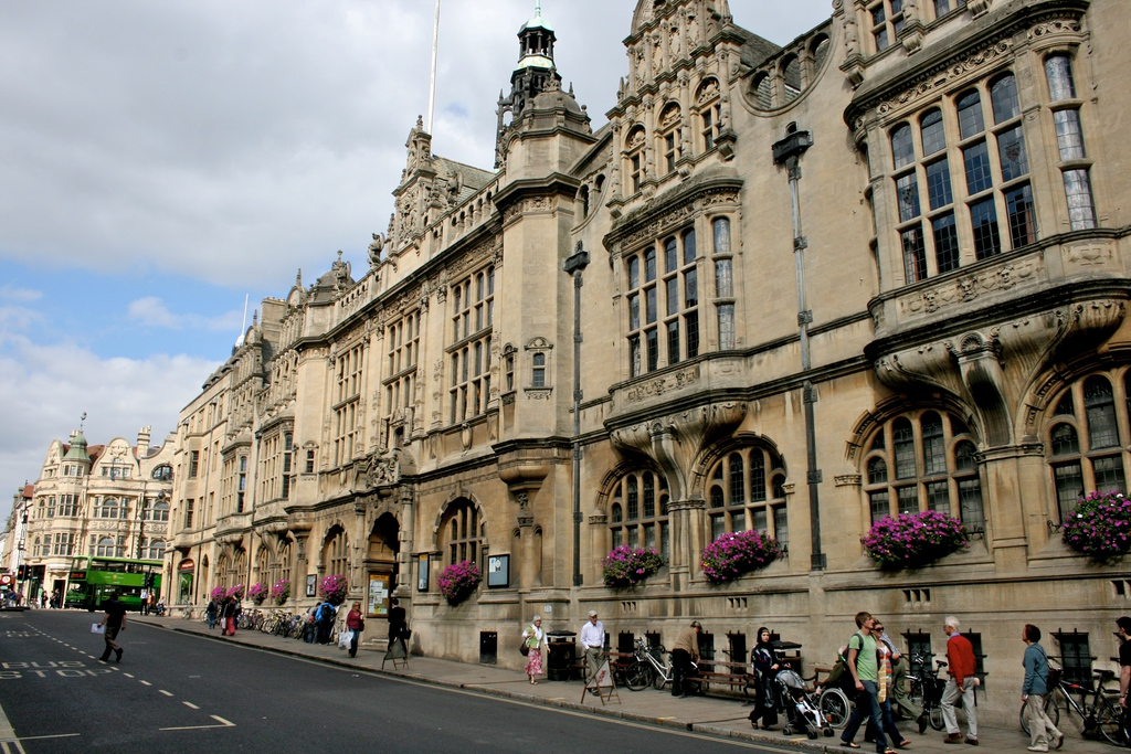 Oxford_Town_Hall_1