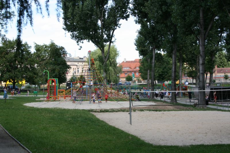park solidarności 034.jpeg