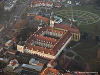 3 Pocysterski Zespół Klasztorno-Kościelny w Trzebnicy.jpeg