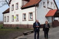 Stary budynek zostanie poddany modernizacji i połączony łącznikiem z zaplanowaną dobudówką.