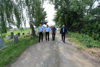 Trwają prace związane z budową ciągów komunikacyjnych na cmentarzu w Cerekwicy.
