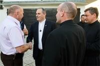 Burmistrz oraz generał Salwatorianów ks. Milton Zonta z Brazylii.