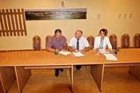 Umowa na budowę wspomnianego parku została podpisana przez burmistrza Marka Długozimę 19 sierpnia. Wykonawcą inwestycji jest firma FreeKids.