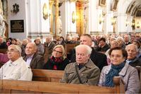 """Tegoroczne uroczystości jadwiżańskie przeżywane były pod hasłem """"Św. Jadwiga nauczycielką miłosierdzia""""."""
