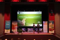 Konferencję prowadziły Regina Bisikiewicz, prezes Fundacji Polski Instytut Otwartego Dialogu i Ewa Brzegowska pracownik Urzędu Miejskiego w Trzebnicy.