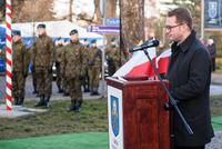 Sekretarz Gminy Trzebnica - Daniel Buczak zaprezentował list przysłany przez Dyrektora Izby Pamięci Pułkownika Kuklińskiego z Warszawy - Filipa Frąckowiaka.