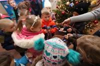 Galeria Przedszkolaki z podziękowaniem u burmistrza