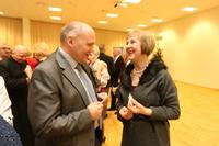 Świąteczne życzenia burmistrz złożył pani Agnieszce Zegarowskiej.