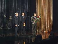 """W 2009 roku Burmistrz Marek Długozima otrzymał zaszczytny tytuł """"Człowieka roku – przyjaciela kolei"""" za wkład w rewitalizację nieczynnej wówczas linii kolejowej Wrocław – Trzebnica."""