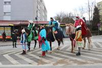 Na czele orszaku stanęło Trzech Mędrców na koniach.