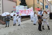 Tuż po czwartej scence, mieszkańcy Trzebnicy przeszli przez Bramę Anielską, którą  zorganizowała grupa młodzieży prowadzona przez Paulinę Ziembińską.