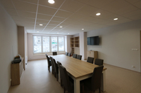 Dzięki modernizacji lokalu udało się wyodrębnić m.in. salę spotkań.