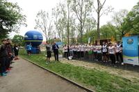 Kilka słów do zawodników skierował także Sebastian Słomski z Trzebnickiej Grupy Street Workout, dziękując jednocześnie Burmistrzowi Markowi Długozimie za wsparcie.