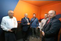 Na zdjęciu od lewej: Leszek  Mroczkowski z Hotelu Trzebnica, burmistrz Marek Długozima, dr Bartłomiej Kaczmarzyk, Kamil Kostecki z firmy KLIMWENT oraz Andrzej Góral- radca prawny.