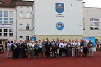 Szkoła Podstawowa nr 1 posiada wieloletnią tradycję. W 2015 rok obchodziliśmy 70 - lecie jej istnienia.