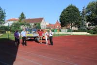 Jednocześnie budowane będą nowoczesne boisko wielofunkcyjne oraz edukacyjny plac zabaw.