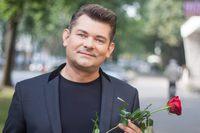 Na specjalne zaproszenie burmistrza wystąpi Zenon Martyniuk. W programie otwarcia znajdą się również inne liczne atrakcje.