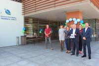 Wspólne zdjęcie burmistrza z pracownikami.